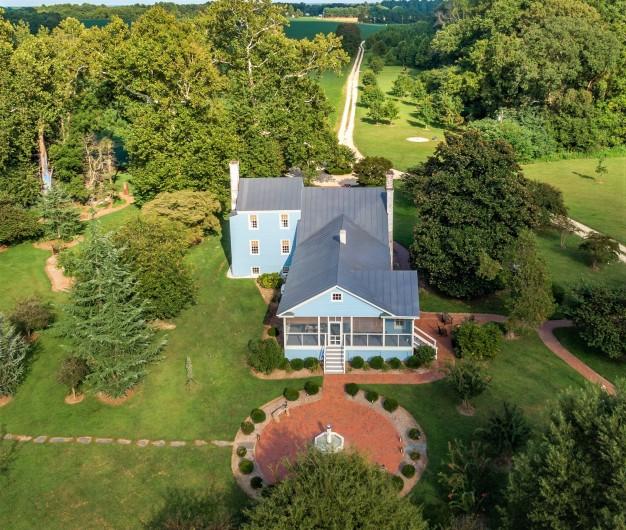 Mahockney Manor aerial rear
